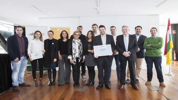 La empresa Drónica Solutions  gana los Premios EmprendedorXXI