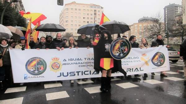 Equiparación salarial, manifestación en Santander