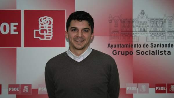 Daniel Fernández, concejal del PSOE de Santander