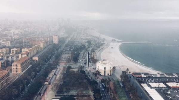 Playa de Barcelona nevada.