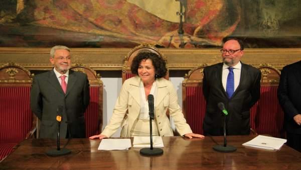 Pilar Aranda, rectora de la UGR