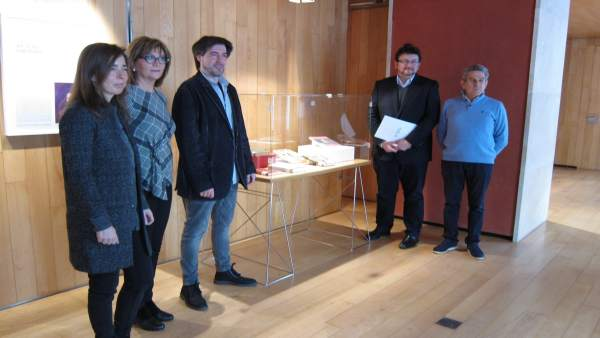 Presentación Mujeres en artes en Caja Rioja