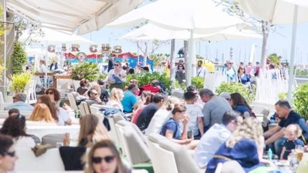 La Comunitat arranca 2018 amb un 11,3% més de turistes estrangers i un augment del 10,3% de la despesa interanual