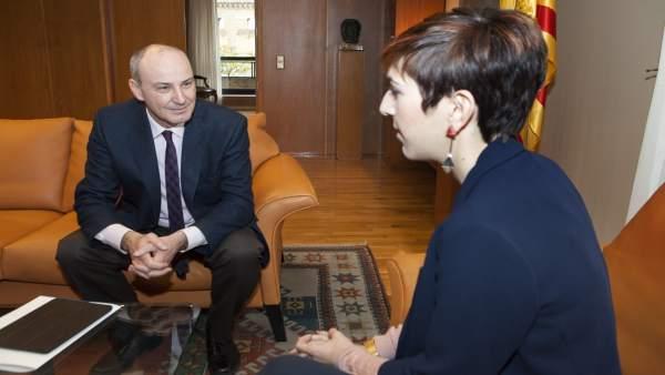 Reunión entre José Ignacio Lallana y Violeta Barba.