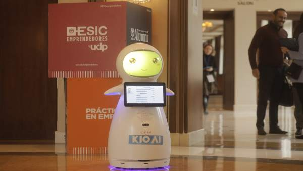 Desenvolupen un robot intel·ligent per a reduir l'assetjament escolar