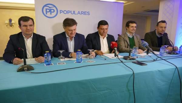 Ruedad de prensa de Casado en Ávila.