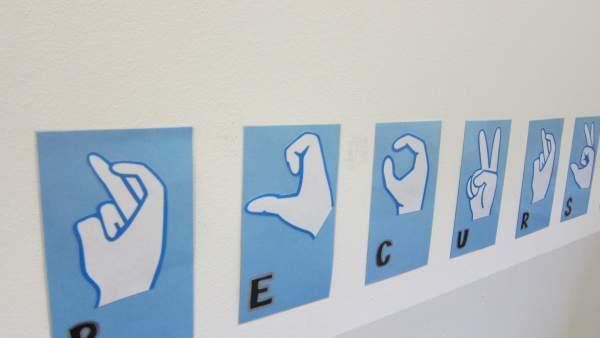 Símbolos del lenguaje de signos