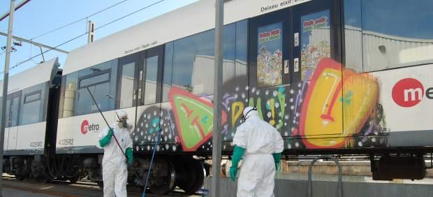 Limpiar grafitis de Metrovalencia costó 223.000 euros de dinero público en 2017