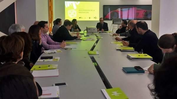 Foto/ El Director Del Info Durante La Jornada De Presentac Ión De La Aceleradora