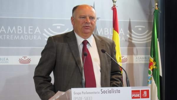 El diputado socialista Celestino Vegas en su comparecencia