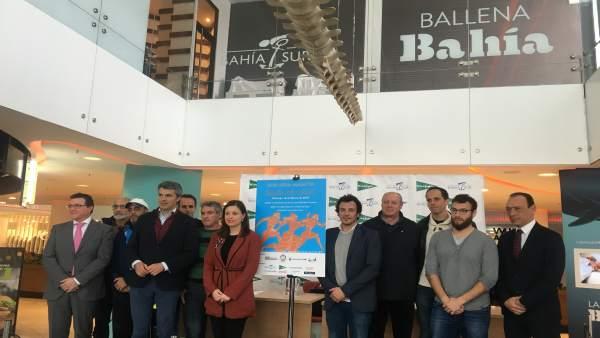 Presentanción de la Media Maratón Bahía de Cádiz en Bahía Sur