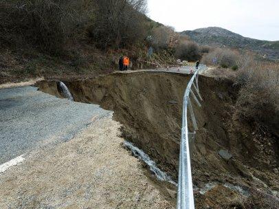 Carretera derrumbada en Ávila