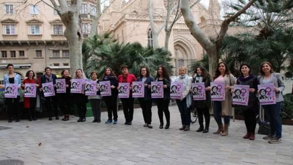Las mujeres de Cort se suman a la huelga