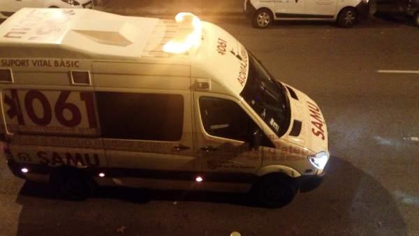 Ambulancia del SAMU 061 durante un servicio de noche