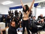 Activista en 'topless'