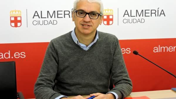El concejal del PSOE en el Ayuntamiento de Almería Manuel Vallejo