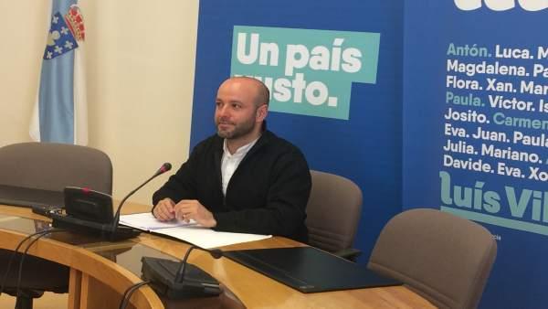 Luís Villares (En Marea), en una rueda de prensa en el Parlamento