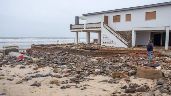 Daños por el temporal en La Antilla (Huelva)