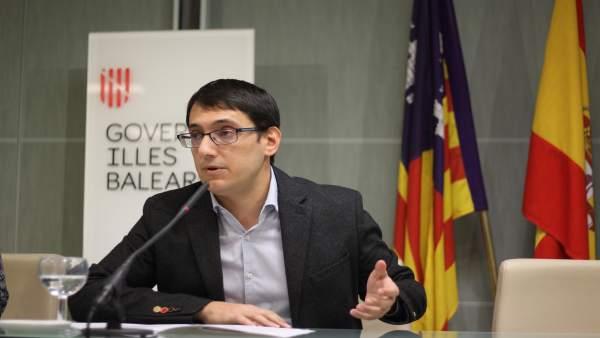 El conseller Iago Negueruela