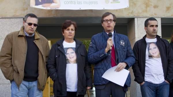 Familiares de María Piedad ante la prensa, en una imagen de archivo.