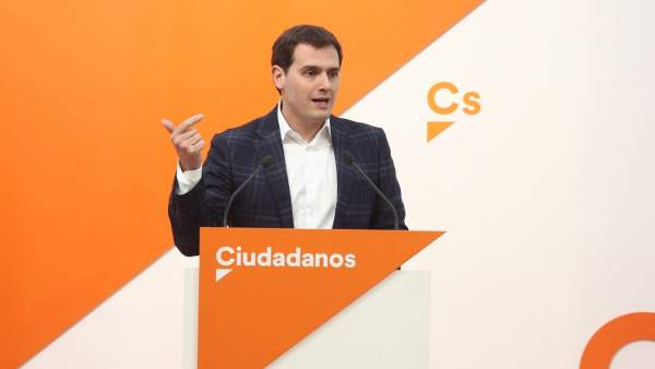 Rueda de prensa de Rivera tras la reunión del Comité Permanente de Ciudadanos