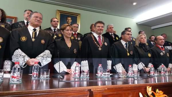 El ministro de Justicia, Rafael Catalá, en el Colegio de Abogados