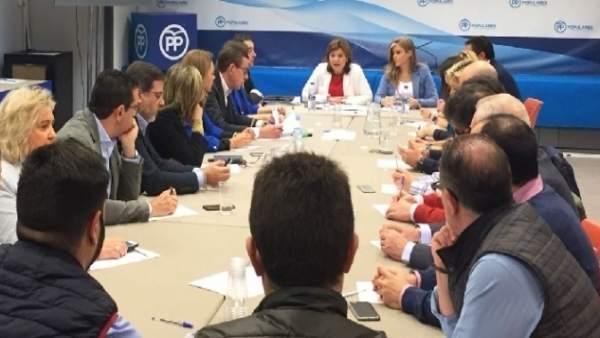 Reunión de diputados y senadores del PPCV en la sede