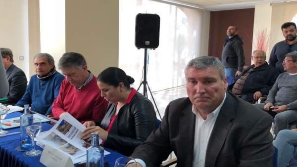 La alcaldesa de Almonte, Rocío Espinosa, en la reunión con la ministra Báñez.