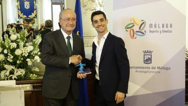 Javier Fernández, patinador, y Francisco de la Torre, alcalde de Málaga