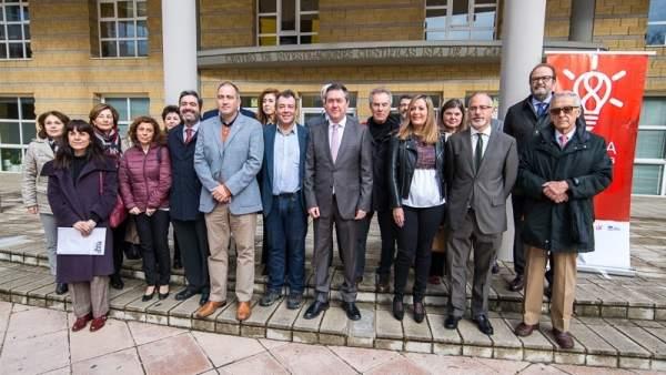 Representantes de Ayuntamiento, CSIC, UPO y US en 'Sevilla con la Ciencia'