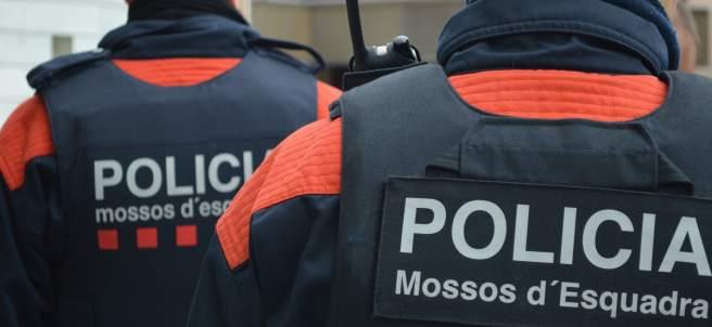 Agentes de los Mossos d'Esquadra.