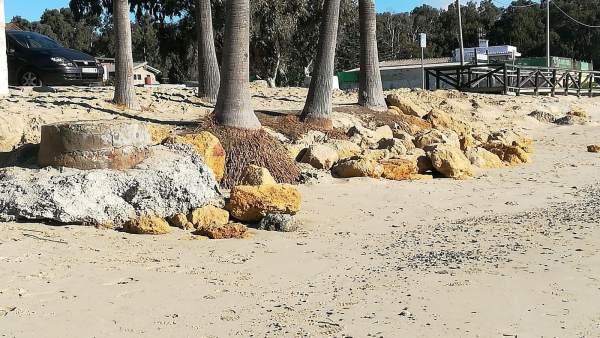 Estado de la playa de Palmones tras el temporal