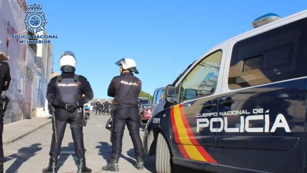 La Policía Nacional Detiene En El Ejido A Un Individuo Por Tráfico De Sustancias