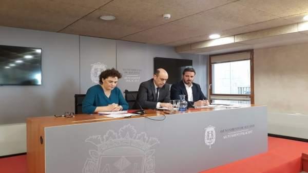 Patrícia Blanquer, Gabriel Echávarri y Herick Campos
