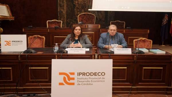 Carrillo inaugura el curso 'Gestión Internacional de la pyme'