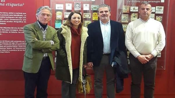 Reunión del PP con representantes del Consejo Regulador de las DO Vinos Málaga