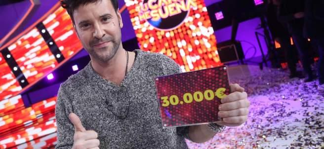 Fotografía facilitada por Antena 3 del actor Miquel Fernández, quien escribió y compuso junto con Ruth Lorenzo la canción 'Abre la ventana'.