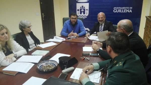 Junta local de seguridad de Guillena, con la asistencia de Gil-Toresano