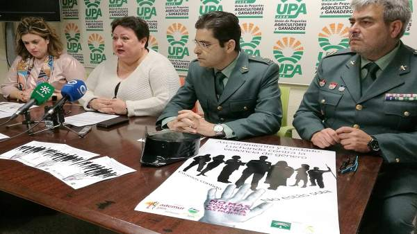 Presentación de la campaña contra la violencia de género en el medio rural.