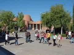 Méndez de Vigo anuncia una bajada de las tasas de los grados universitarios