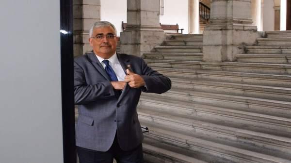 El consejero de Economía, Antonio Ramírez de Arellano