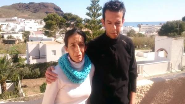 Los padres de Gabriel Cruz agradecen el apoyo de Zoido