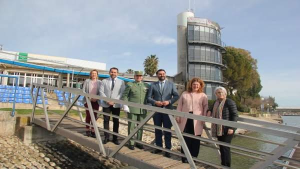 Presentación de colaboración para realizar exámenes médicos por los 101 km Ronda