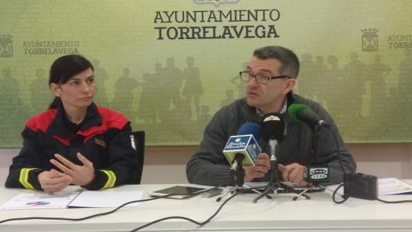 Pérez Noriega y la jefa del servicio presentan la Memoria de 2017