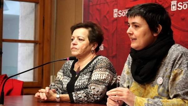 Concha Baeza y Ana Alegre.