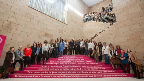 Ayuntamiento de Logroño acto mujeres