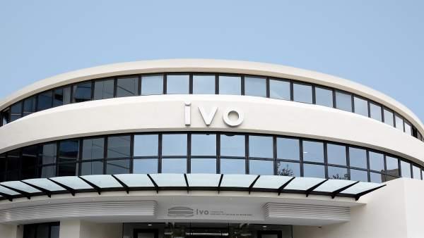 Les Corts rebutgen instar Sanitat a convocar una reunió amb l'IVO per a aclarir el protocol de derivacions