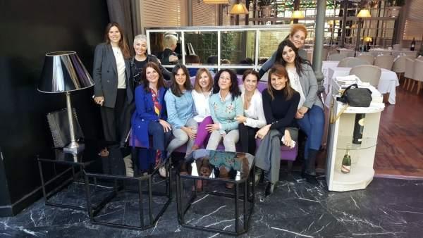 Mesa redonda organizada por Mujeres Valientes con mujeres deportistas en Oriza