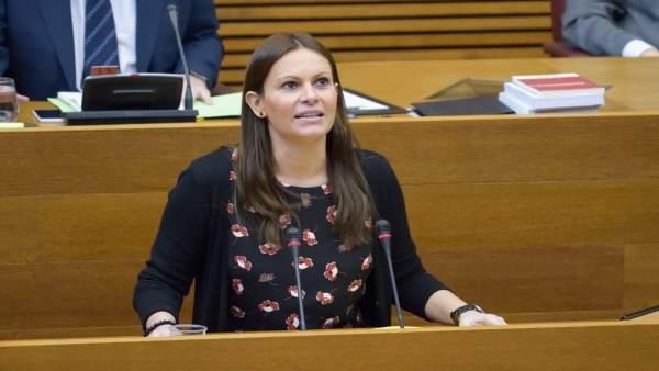Beatriz Gascó durante una de sus intervenciones en las Corts