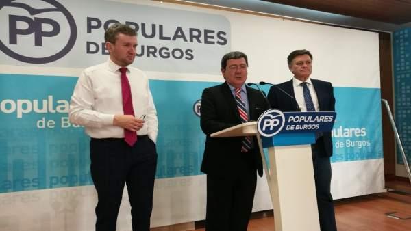 Burgos.- Lacalle (i), César Rico y Francisco Vázquez